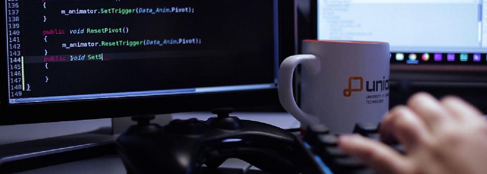 universidad programación videojuegos online